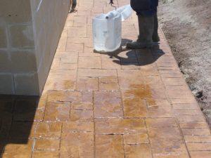 ingrijire beton amprentat