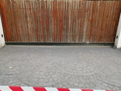 intrare parcare subterana cu beton amprentat